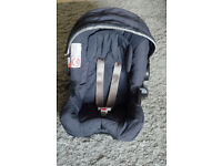 GRACO Junior car seat / baby carrier (for up to 13kg)