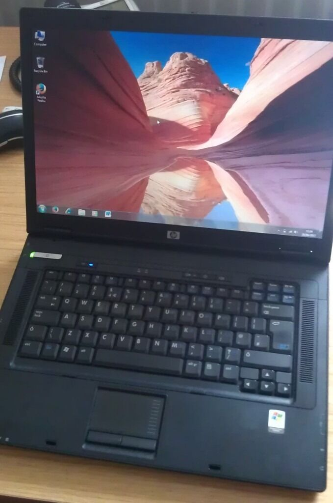 HP Windows 7 Laptop - WiFi with MS Office 2010 - DVD - **GREAT CONDITION** DELIVERY