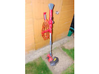 Sovereign Strimmer, dual string head, triple handles for convenient use