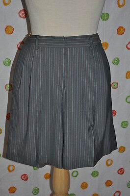 Eccoci Carlisle Womens 10 Amity Gray Pinstripe Lined Walking Shorts $$$$