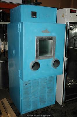 Thermotron Industrial Laboratory Oven W Glove Access El-8-ch-1-1-s 8 Cuft