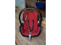 Maxi Cosi baby car seat and infant carrier