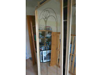 2 mirrored sliding wardrobe doors