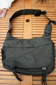 *Reduced* Laptop Bags Laptop Bags - one in a backpack format & other over the shoulder