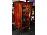 ORIGINAL VICTORIAN GLASS FRONTED MUSIC CABINET IN MAHOGANY WITH ORIGINAL CASTORS