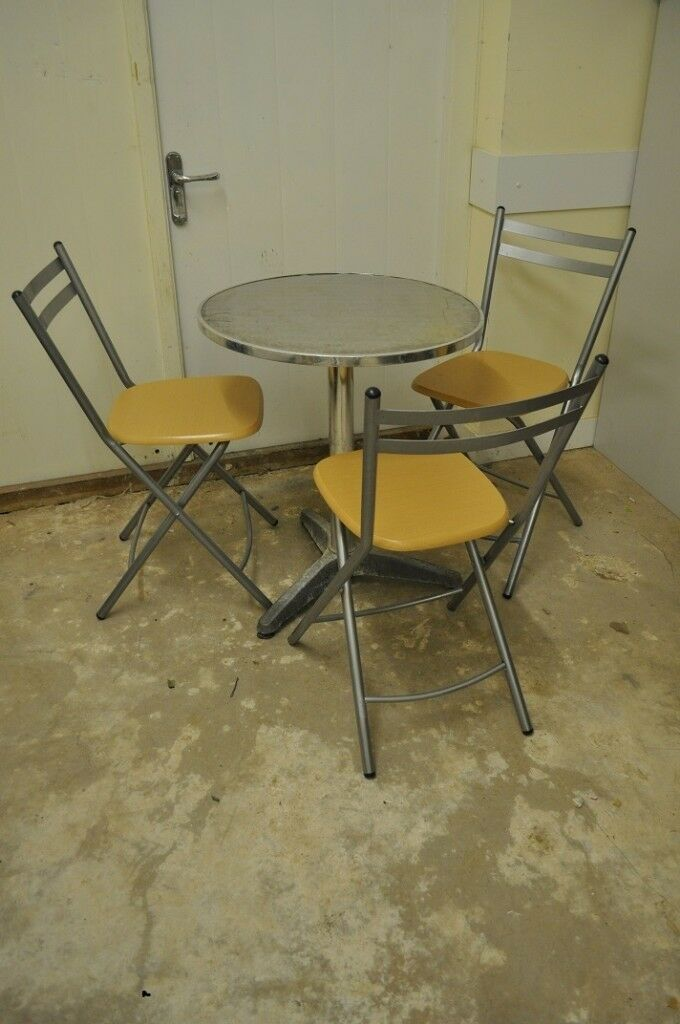 Sensational Small 3 Folding Chair And Metal Table Set Kitchen Dining Area Or Patio In Bedminster Bristol Gumtree Cjindustries Chair Design For Home Cjindustriesco