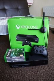 Xbox One 500gb Very good condition 4 games controller charging dock headset hdmi MUST GO!! Cheap !!