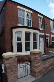 High spec House Share Beeston Newly Renovated House 4 large doubles available