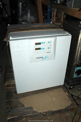 Kendro Heraeus Heracell 240 Co2 Laboratory Incubator - Tested