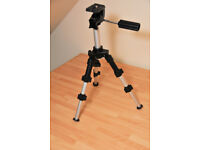 Tripod. Stitz TP-40 mini, table-top tripod for still or video camera.
