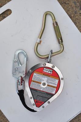 Miller Mighty Lite Rl20bp20ft Self-retracting Lifeline W Shackle 310 Lb New