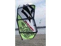 Naish bolt 10.5 meter kitesurfing kite wth bar and lines