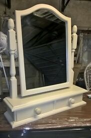 Dressing table mirror with 2 small drawers