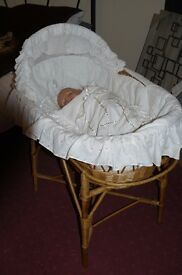 Wicker mosses basket with stand , white cover