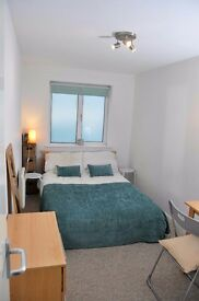 Double room in shared Paignton flat