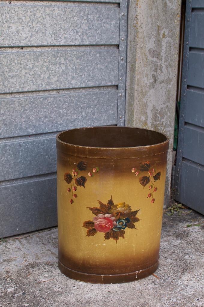 Vintage stick / umbrella stand hand painted shabby chic flowers