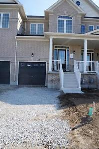 BRADFORD.. BRAND NEW 3-BED EXECUTIVE STYLE TOWNHOME!! AVAIL. NOW