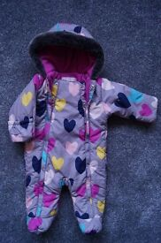 Girls gorgeous soft & warm SNOWSUIT, pretty hearts design, 0-3 months. IMMACULATE. May deliver