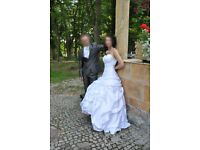 Beautiful Satin White Wedding dress, size 8/10