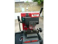 KEY CUTTING MACHINE MANCUNA SUMMIT DIMPLE/LASER LOCKSMITH