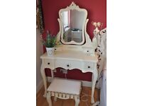 French shabi sheek bedroom Dressing table and mirror