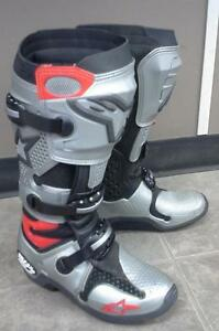 Alpine Stars TECH 10 Boots size 8 (fit closer to size 7)