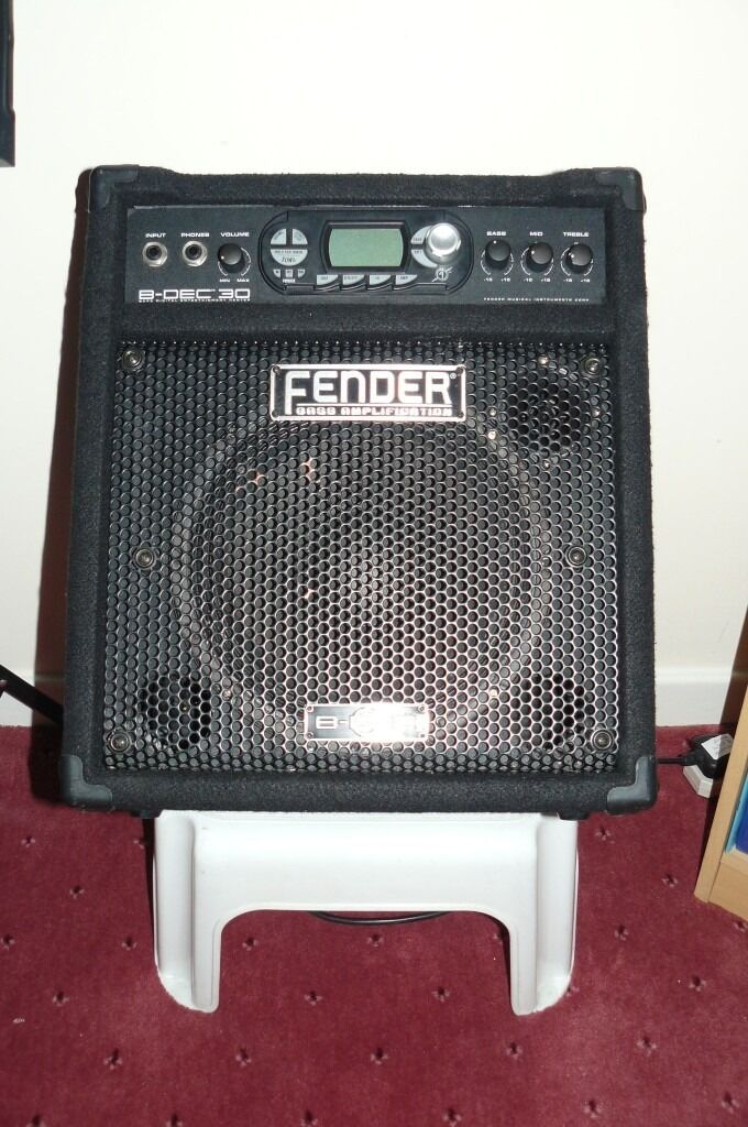 fender b dec 30 bass combo amplifier in swansea gumtree. Black Bedroom Furniture Sets. Home Design Ideas