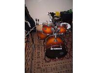 Yamaha Tour Custom (+ soft drum bags)