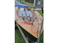 sailing dinghy Phantom