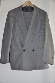 Men's formal suit grey silver Dabenhams size 40R jacket 34R trousers