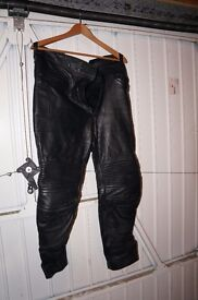 Motorcycle leather trousers size 32/34