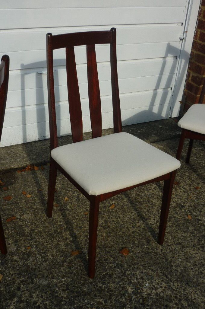 Six Dining Room chairs for salein South Croydon, LondonGumtree - Six Dining Room chairs for sale as per photos. Frames in reasonably good condition, seats recently re covered. Price £20 per pair or £50 for all six. Collection only