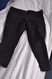 "New black regular straight classic fit men's jeans / 42"" waist / 30"" leg £10"