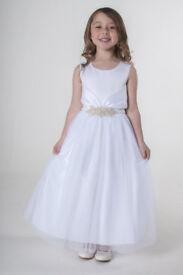 We present affordable girl dresses