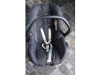 Phil and Teds Car Seat adapter and Maxi Cosi car seat