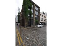 Amazing 1 bed Warehouse in Shoreditch within the French Place Complex