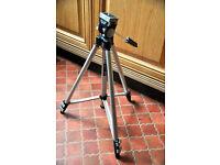 Slik Gazelle 95D light weight tripod