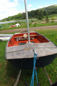 "Marine ply Mirror dinghy, 8'6"", extremely light and portable on roof rack"