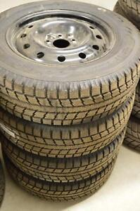 4 pneus Toyo Observe GSI-5 205/70/16 avec jantes