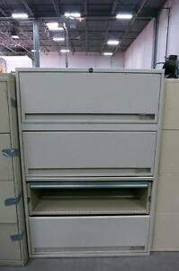 4 Drawer Filing Cabinet (key missing)