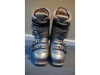 Salomon Irony 6 ladies ski boots UK size 8