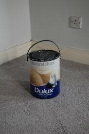 5L - Full pot of Almond White Paint - Dulux walls and ceilings - Silk