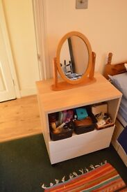OPPORTINITY! CHEST OF DRAWERS IN PERFECT CONDITIONS