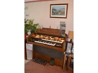 Electronic organ. Cavendish