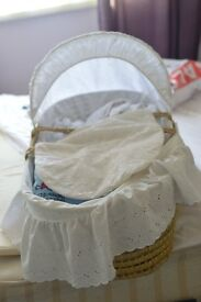 moses baskets and baby cloths