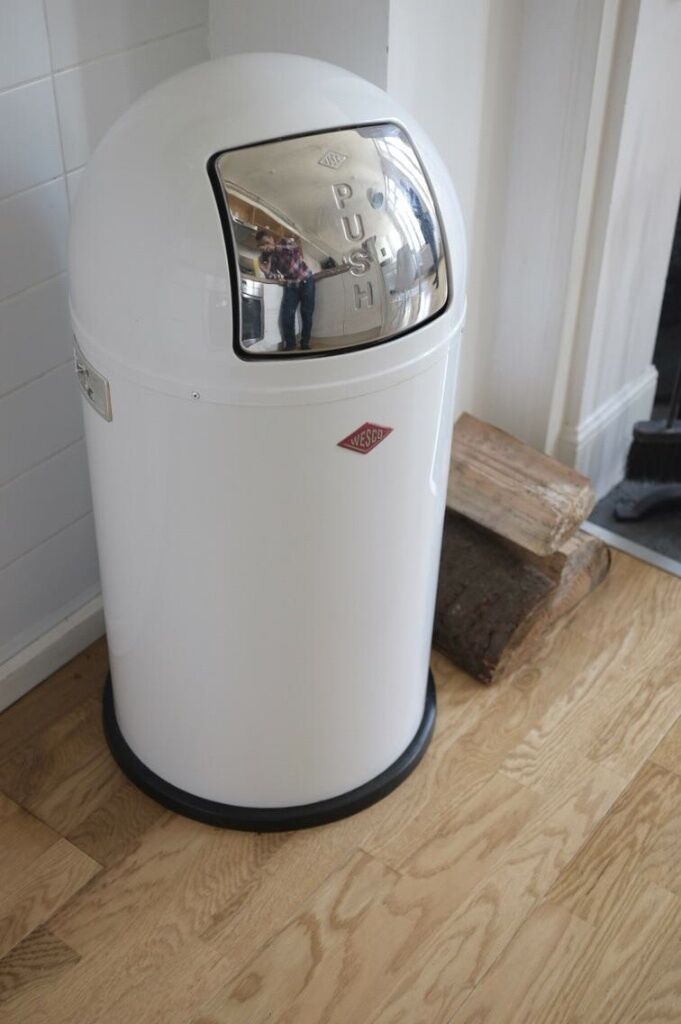 wesco pushboy bin 50l white in camden town london. Black Bedroom Furniture Sets. Home Design Ideas