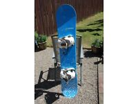 Matrix Crystal 149 Snowboard complete with Flow Mk03 Fast Bindings