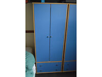 2 Double Wardrobes With 2 Drawers Each