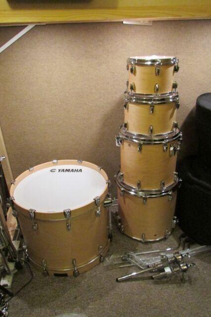 Yamaha Tour custom drum kit/ Brand new mint condition! 10,12,14,16,22 on