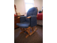 Very comfortable rocking chair ideal for breastfeeding